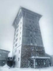 Hotel on Ice