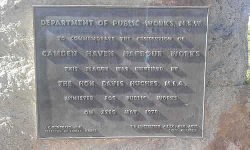 05/Apr/2018 'Camden Haven Harbor Works,-' Plaque