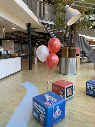 Tafeldecoratie 3ballonnen Hoge School Rotterdam