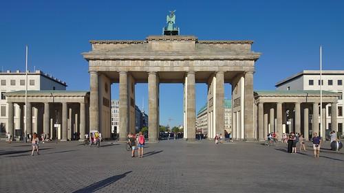 2018-08-06 DE Berlin-Mitte, Platz des 18. März, Brandenburger Tor