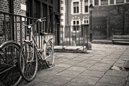 I don't know why but i love to photograph old bicycles