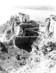 Procida (NA), 1963, Salita Castello, vista sui ruderi di Santa Margherita nuova. (ora restaurata e adibita a usi museali)