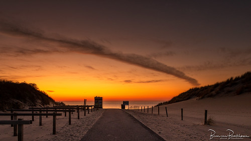 Path to the beach (HFF)