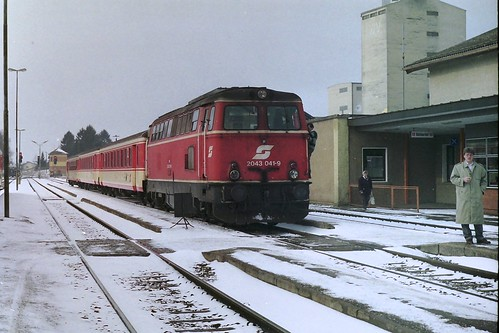 ÖBB 2043 041 at Ried im Innkreis