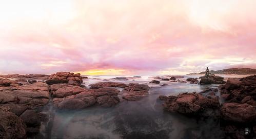 Sola en el olvido. Dusk. Margaret river. Burnside. W.A. Australia._