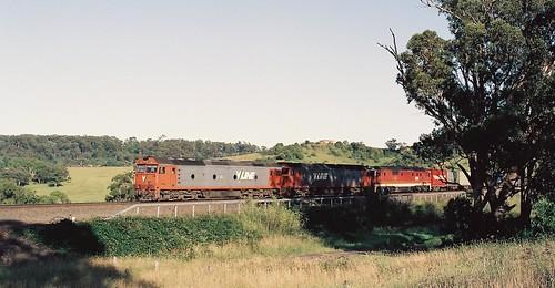 132-12A 1992-02-29 G526 G522 and 8180 on 3194 at Maldon
