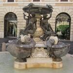 Fontana delle tartarughe - https://www.flickr.com/people/9851528@N02/