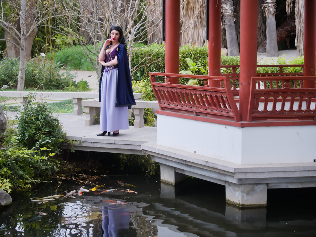 related image - Shooting Vanessa - La Petite Sirene - BlackRose -  Jardin Botanique de Marseille -2020-02-29- P2044175