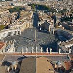 Plaza de San Pedro (Vaticano). - https://www.flickr.com/people/96403371@N04/