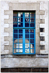 Window 1 - Photo of Glénac