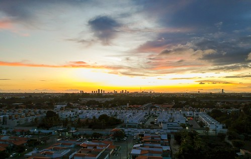 Mais um pôr do sol #dronephotography #djispark #drone #DroneDJI #DroneBahia #aerial_view #aerialview #viewfromthetop #dji  #drones #dronelife #droneworld #droneshot #aerialphotography #sunset
