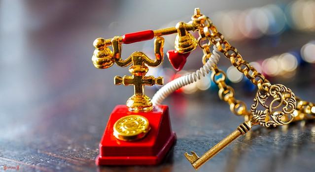 #Keychain - 8251
