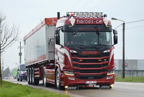 B-Heroes en Co-Scania NextGen R500 HL