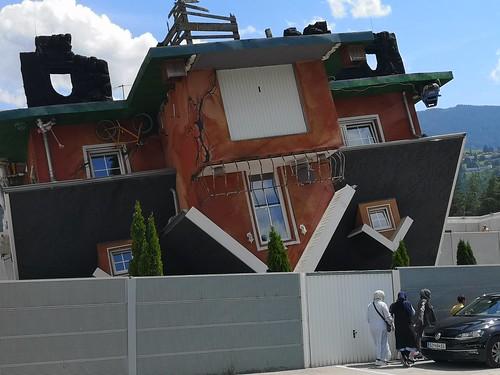 Casa al revés. Parque temático (Austria)