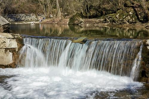 Prvi slap na Rječini uzvodno od jezera Valići (2)
