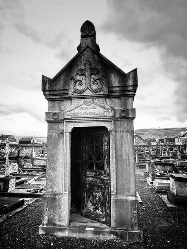 Givet graveyard