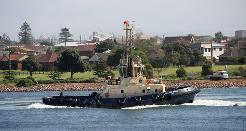 'NEWCASTLE HARBOUR TUG