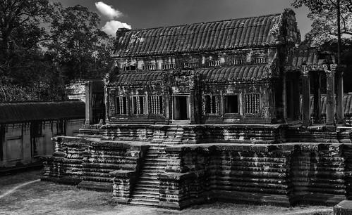 7277SE Angkor Wat