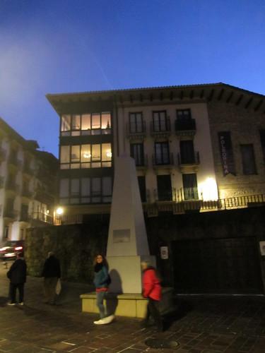 Piramide Geodesikoa - Javier Ugarte Kalea - Hondarribia