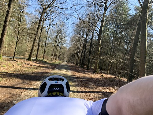 107km ride through Drenthe, including some cobblestone paths where I could