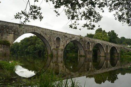 Study on a medieval bridge X