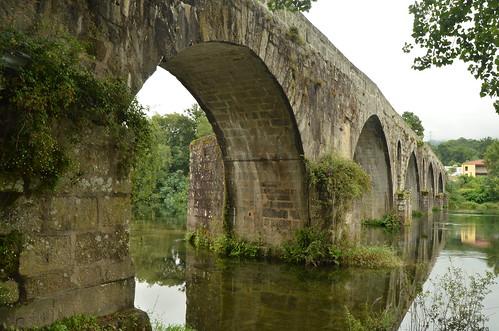 Study on a medieval bridge VIII