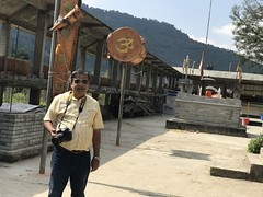 I was amazed at the size of the Dholeshwar temple grounds