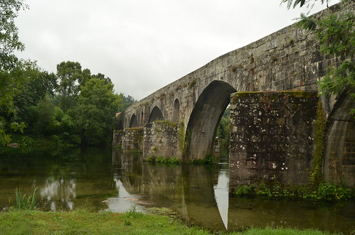 Study on a medieval bridge V