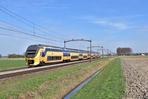 🇳🇱 NS Reizigers V-IRM 8675 te Zevenbergen