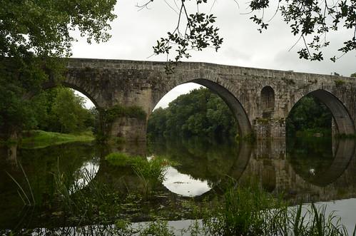 Study on a medieval bridge XI