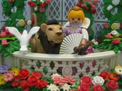 The Lady, the Lion and the Singing, Soaring Lark - A Playmobil Faerie Tale