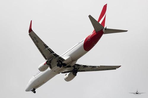 SF-VH-VXI-QANTAS-737-838(WL)-PER 01 MAR 20 - 01