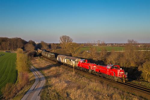 DB Cargo 261 024 + 261 061, Schönebeck (D)