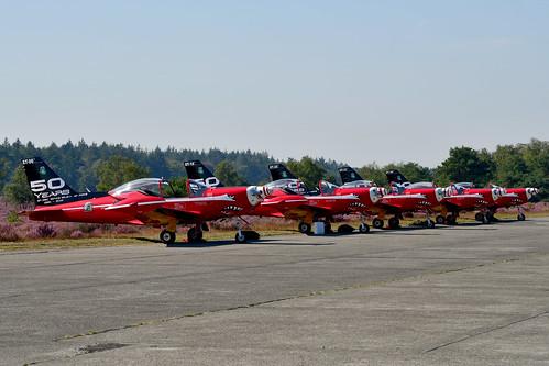 ST-## Line-up Red Devils SF260M+ BelgianAC CCAir 5:9Sm (50 Years) 190824 Zoersel 1001