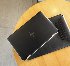 HP SPECTRE 13 LAPTOP 2020