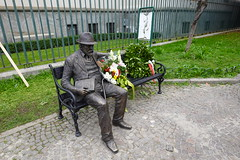 Monumento a Pencho Slaveykov @ Milan