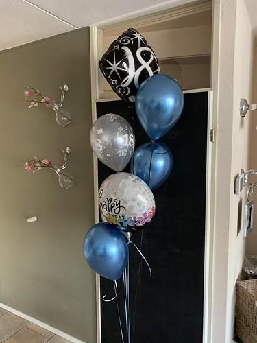 Ballonboeket 18 Jaar Verjaardag Blauw Zwart