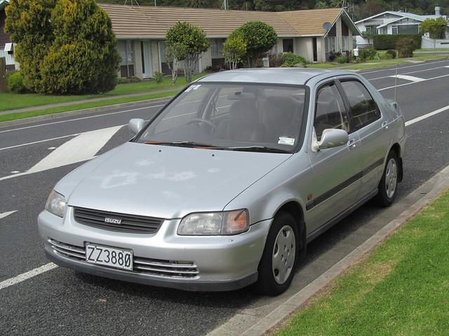 Photo:1994 Isuzu Gemini By NZ Car Freak