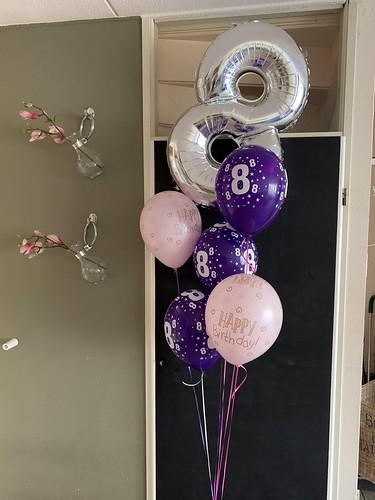 Ballonboeket 8 Jaar Verjaardag Roze Paars