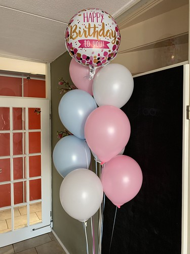 Ballonboeket Happy Birthday Roze Blauw Wit