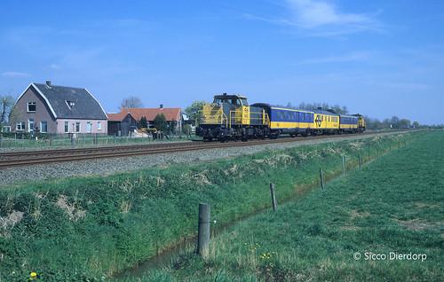 NS Cargo 6430-6463 @ Valburg
