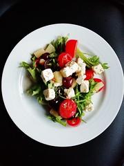 Vegetable salad on white ceramic plate - Credit to https://homegets.com/