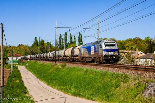 09 avril 2014 Euro 4012 Train 60759 Bassens-Appontement -> Sète Tonneins (47)