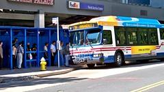 Metrobus 2668 at Rosslyn