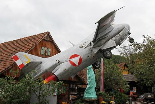 29565_(J_yellow)_Saab_J29F_Tunnan_AustrianAF_Deutsch-Goritz20190908_1