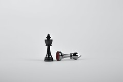 Battle black board game chess - Credit to https://homegets.com/