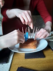 Don't blow on the cake! (candles in breadcrust)
