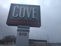 Cove Lakeside Bistro - Portage Road, Portage