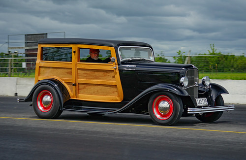 1932 FORD WOODY STATION WAGON