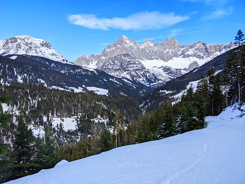 Looking back at Dachstein